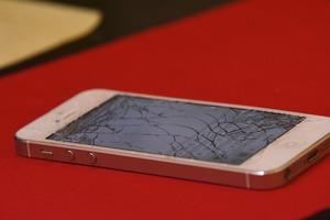 Iphone-Glas-Reparatur-München-Pasing-und-Laim